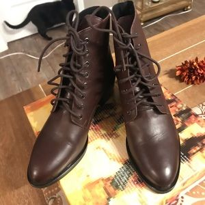 NIB Free People lace up boots by Jeffery Campbell
